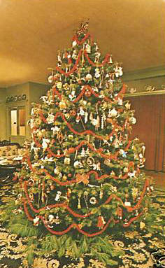 Stockbridge Christmas Tree Red Lion Inn