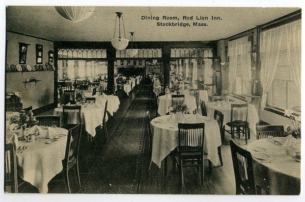 Stockbridge Red Lion Dining Rm 1922