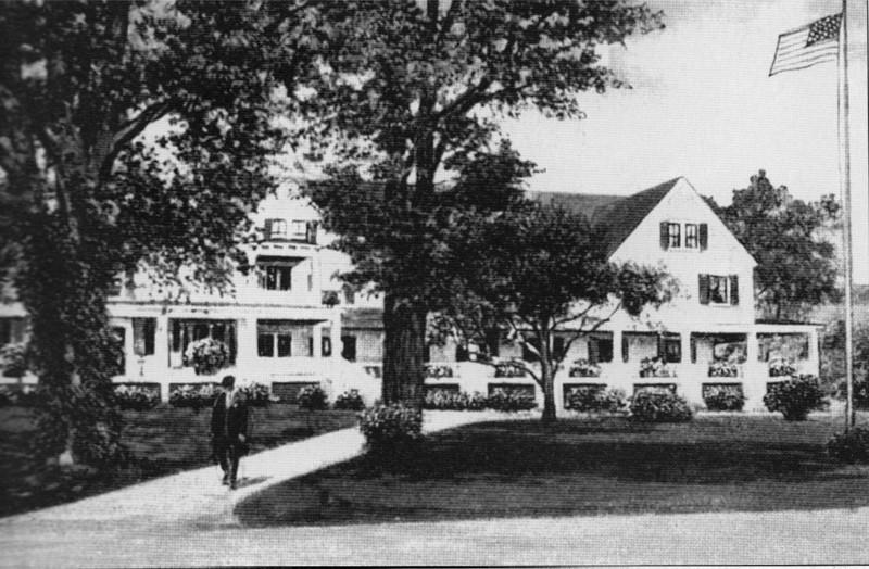 Stockbridge Oak Lawn House