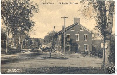 Stockbridge Glendale Cook's