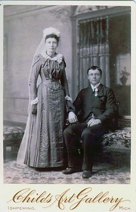 Ole L. & Sigrid J. (Moe) Sundli(e) Wedding Photo