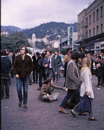 4*Wed, Feb 19, 1969<br /> *People: crowd milling<br /> Subject: collecting money for bail<br /> *Place: Bancroft Ave at Tele<br /> Activity: twlf<br /> Comments: