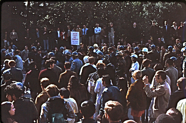 3*Thu, Feb 13, 1969<br /> *People: crowd, someone being arrested<br /> Subject: <br /> *Place: Sather<br /> Activity: <br /> Comments: crowd over powers and moves thru Sather Gate.  Cops get agitated.