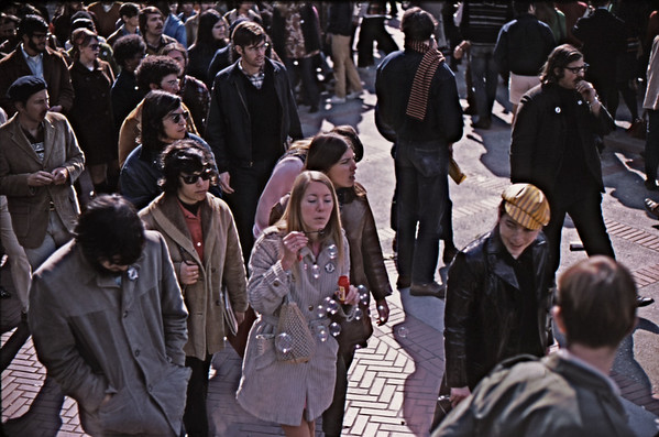 4*Thu, Feb 13, 1969<br /> *People: crowd<br /> Subject: bubbles<br /> *Place: near Sather gate<br /> Activity: TWLF<br /> Comments: