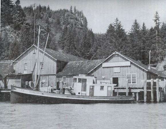 1949_Man_Of_War_Pillar_Rock_Columbia_River