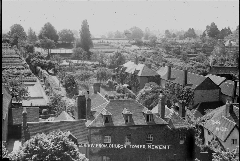 Taken around 1915 by my Grandfather RH Bisco, Notice the tennis courts at the top of the garden. When he moved in he changed these areas to orchards.