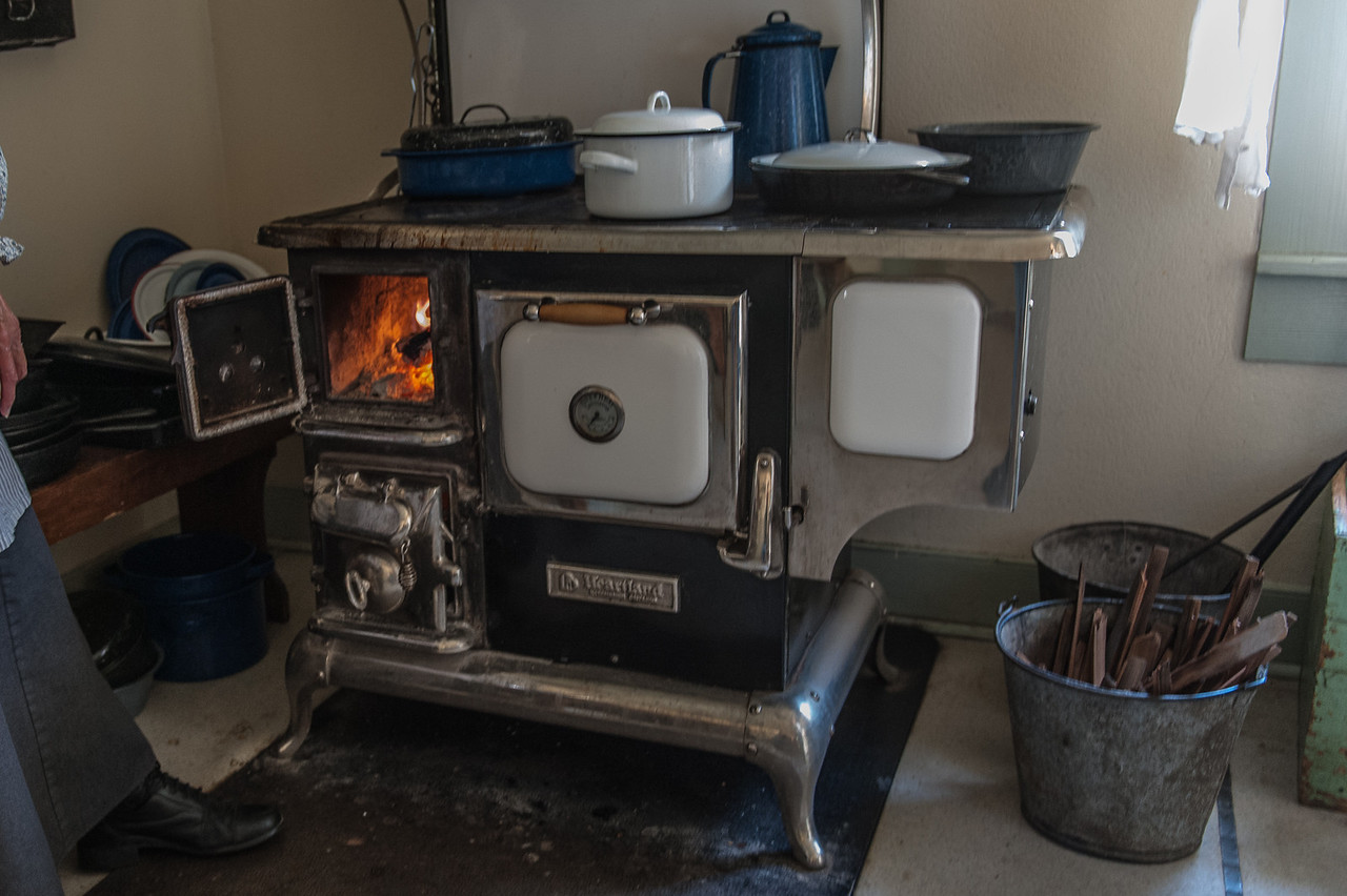 My Mother said that nothing made better biscuits than a wood stove.