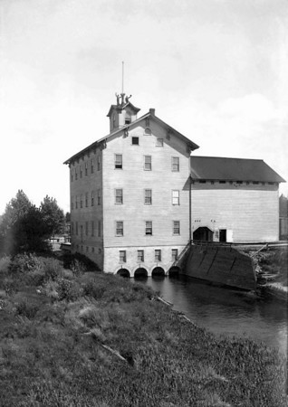 Photo courtesy of Traverse Area Historical Society<br /> The Hannah, Lay  & Co. gristmill  on the Boardman River near Union Street was built in 1869 and burned down in 1926