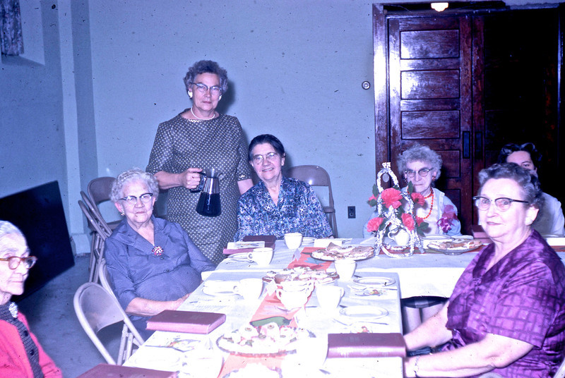 Cora Edwards, Maud Shaffer, Ruby Converse, _____, Mayme Taylor, _____, _____.<br /> (Photo by Millie C. Shaffer)