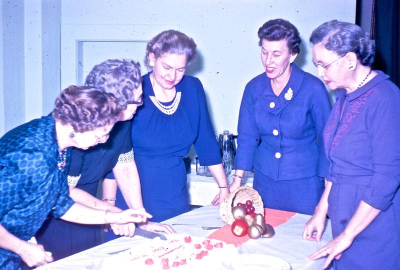 _____, _____, Wilma Cline, Maxine Smith, Idell Shadwick.<br /> (Photo by Millie C. Shaffer)