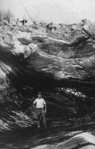 Turners Falls 1915 Excavating