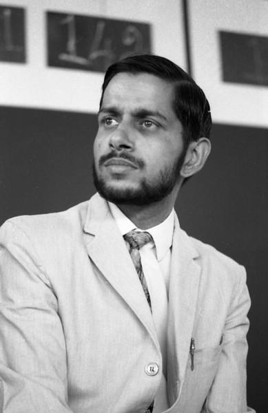 Avinash Pasricha