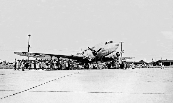 "VA-ANG C-47 43-15568 ""The Old Dominion"""