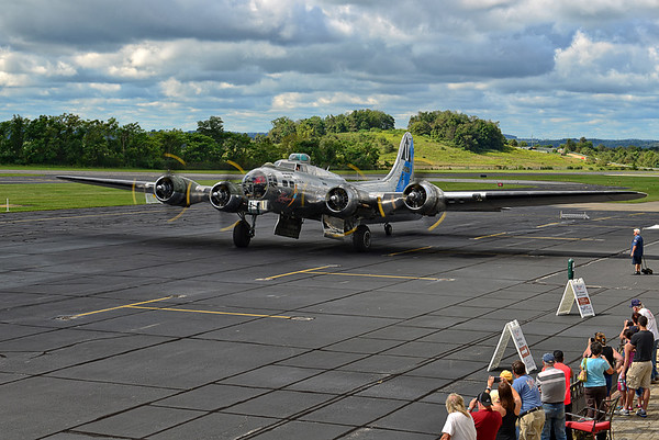 B-17 SENTIMENTAL JOURNEY II