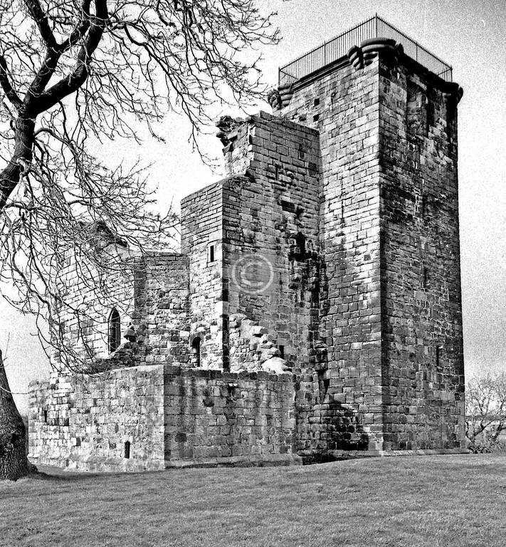 Crookston Castle.   February 1977