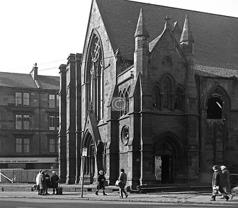 Govanhill Parish Church, corner of Cathcart Rd and Allison St.  Demolished not long after and replaced by a nursery school.    March 1975