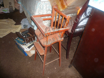 High chair small wood