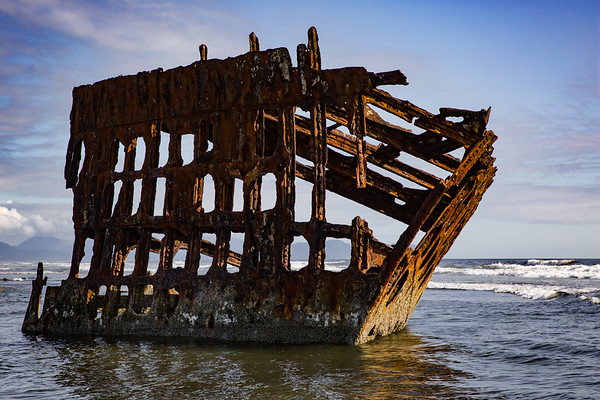 Wreck of the Peter Iredale, Fort Stevens State Park, Clatsop Beach, Oregon