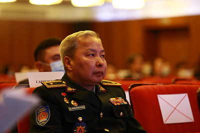 """2020 оны есдүгээр сарын 24. Монгол Улсын Засгийн газар, Улсын онцгой комиссоос """"Олон талт Түншлэлийг бэхжүүлэх замаар Ковид-19 халдварын цар тахлаас урьдчилан сэргийлэх нь"""" хэлэлцүүлэг боллоо. ГЭРЭЛ ЗУРГИЙГ Д.ЗАНДАНБАТ/MPA"""