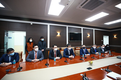 2021 оны тавдугаар сарын 2.  Н.Алтанхуяг Ерөнхийлөгчийн сонгуульд оролцох мөрийн хөтөлбөрөө ҮАГ-т хүргүүллээ.  ГЭРЭЛ ЗУРГИЙГ Б.БЯМБА-ОЧИР/MPA