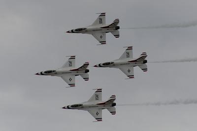 U.S.A.F. Thunderbirds at Skyfest 2014 (Fairchild AFB - June 1st)
