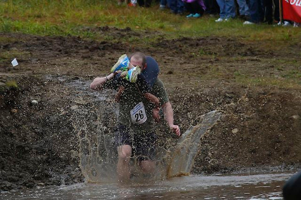 2013 Wife Carrying Contest