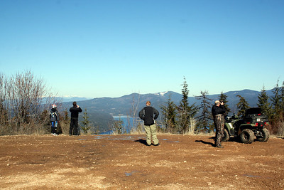 We were not the only people taking advantage of the senic view. Hayden Lake is the lake facing this way. Behind me is the view of Lake Coeur d' Alene. It was a very busy spot. Several people were riding their dirt bikes, ATV, Hiking & Mt. Biking that day.