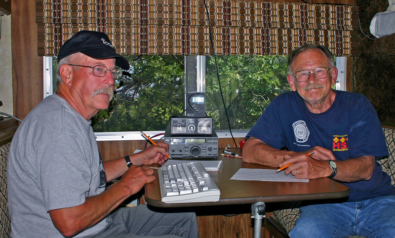 Don and Bob, shown here during Saturday afternoon operations, led the left-handed charge!