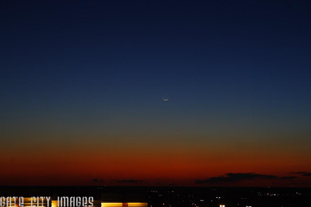 IMG_9310 Moon, comet Pan-STARRS DPP