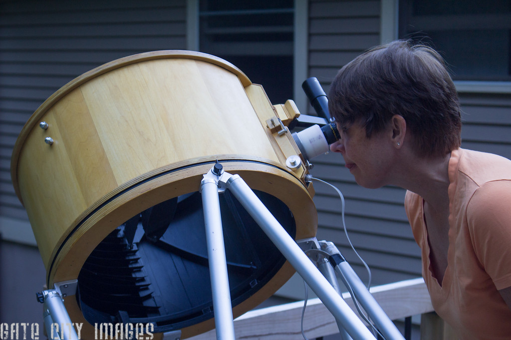 Maggie viewing Jupiter through scope 2528