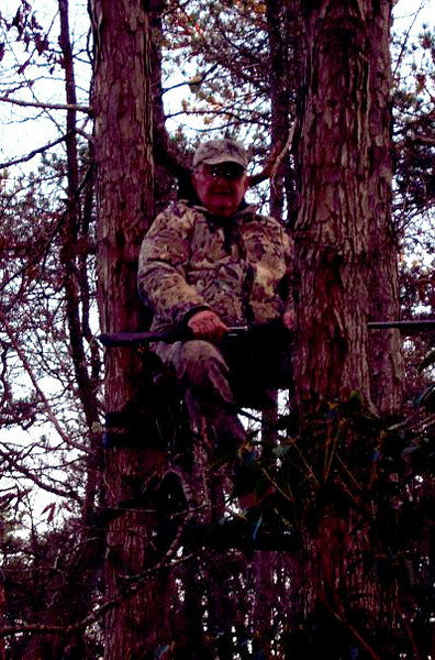 deer came out to my right moved gun up and over at proper time without buck seeing movement waited  for him to pass slightly and put up that big gun and dropped him. picture was taken with cell camera.