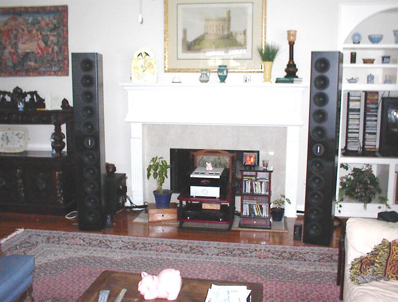 The Fredarrays with their upgraded ribbon tweeters in the main listening room, driven by the DK Designs hybrid amp.