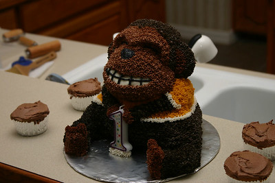 Joshua's monkey - chocolate cake with chocolate buttercream