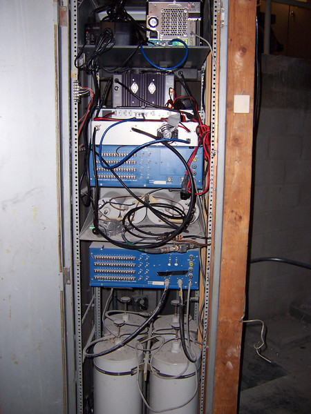 The old K9KTH 2m/440 analog repeater not connected (blue things) with the D-Star system shoe horned in.