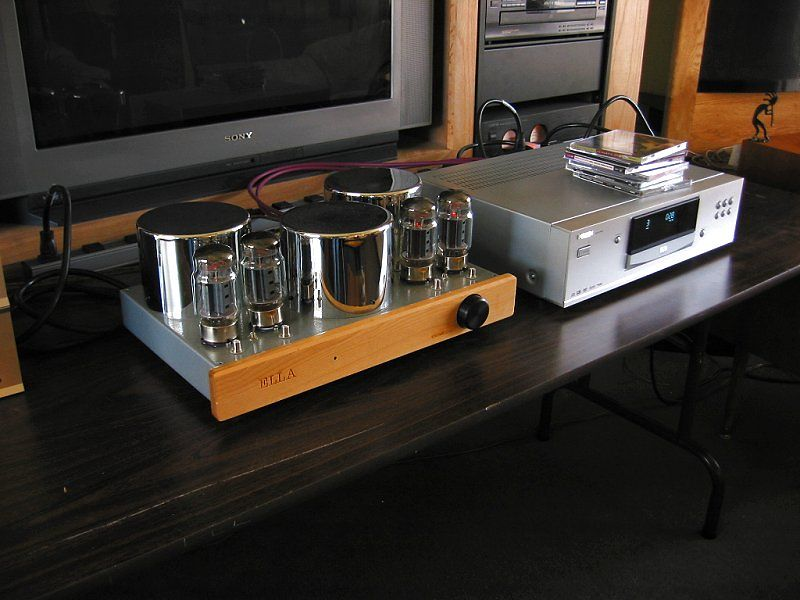 Ella with chrome plated transformer covers and KT-88's beside Philips SACD-1000 (the Philips died four months out of warranty and the manufacturer no longer supports their products - avoid this brand)!