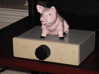 The completed attenuator with a fat pink piggie tweak to enhance the bass.