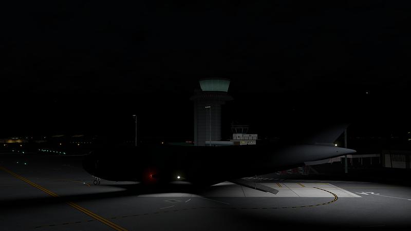 C-17_Globemaster_III_36-L.png