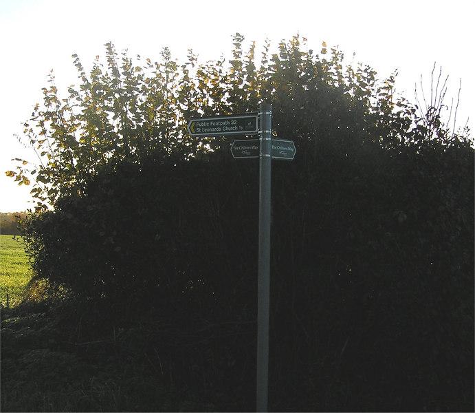 B0012_Nov18_2006_ sign_TL0733214288