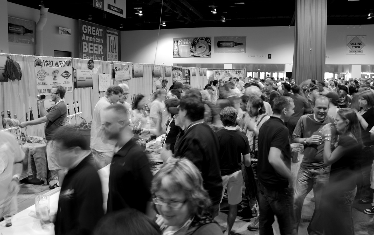 Some crowd shots to get a sense of the GABF scene.