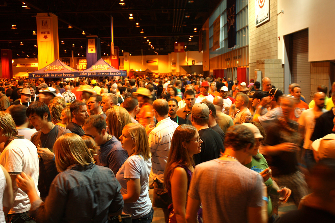 Some crowd shots to get a sense of the GABF scene.  Can get a little sense of how many people are there.