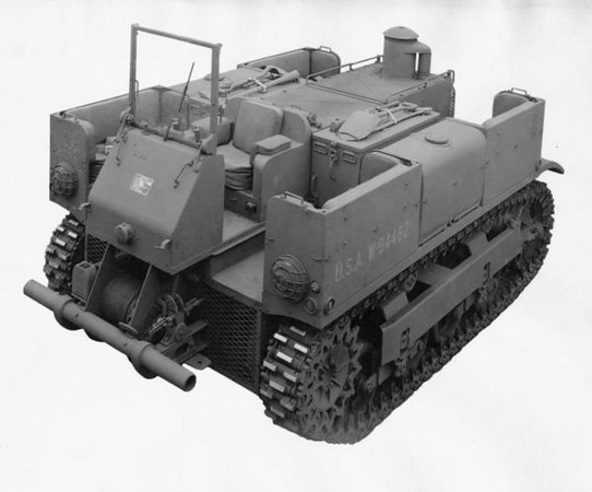 Title:  International-built M-5 prime mover <br /> <br /> Description:  M-5 prime mover built by International Harvester for the U.S. military.<br /> <br /> Image ID:  24146 <br /> <br /> Creation Date:  1943