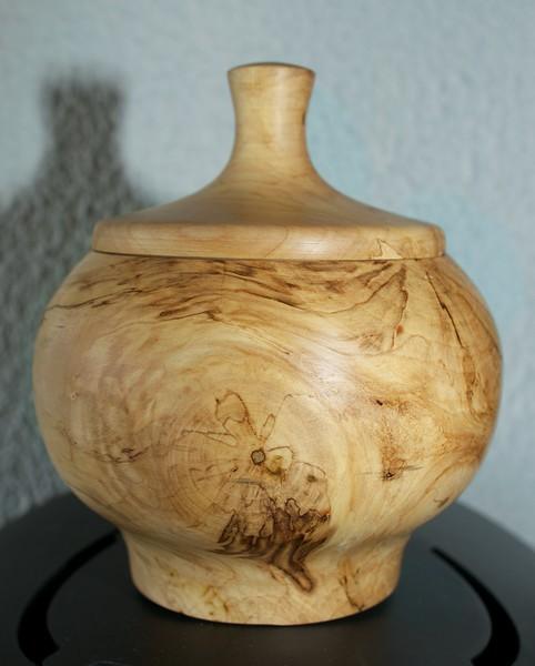 Skål/urne i surbjørk
