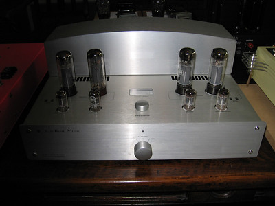 Red Rose EL34 stereo amp. Not a SET, but you can select triode or ultralinear mode.