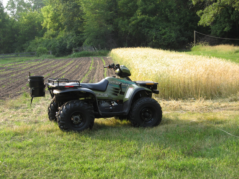 Joe's 1996 Polaris Sportsman 500 is 10 years old. June 2006.