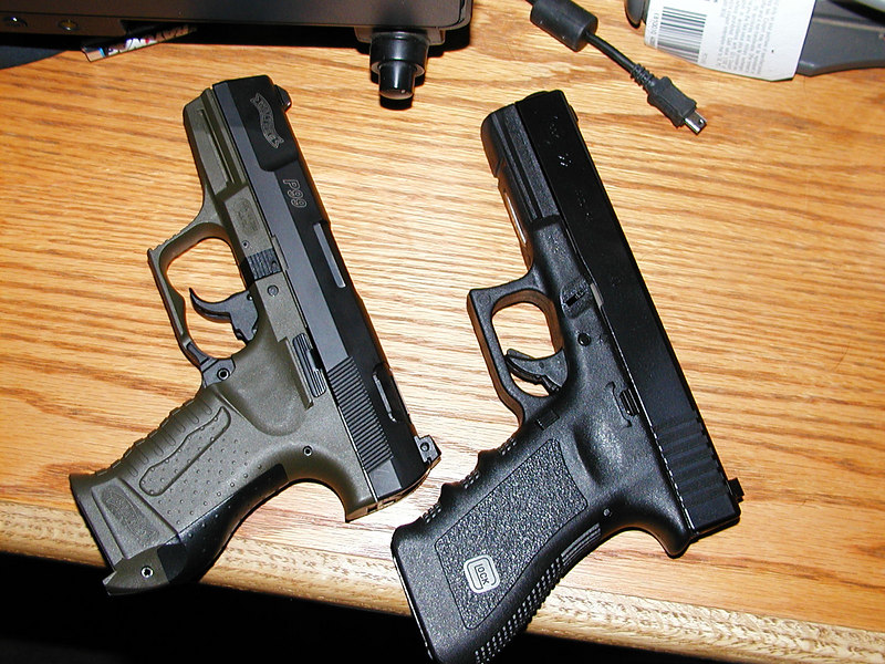 Comparing the P99 with Mark's duty Glock