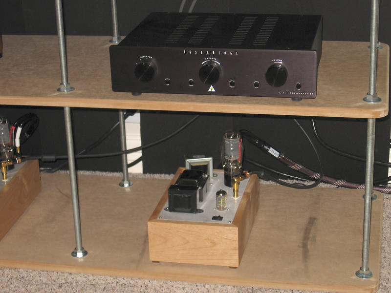 With the ART Arrays in place, replacing the 40 watt EL34 push pull amp with the 3 watt 2A3 paramours produced a noticable improvement in the bass. Go figure!