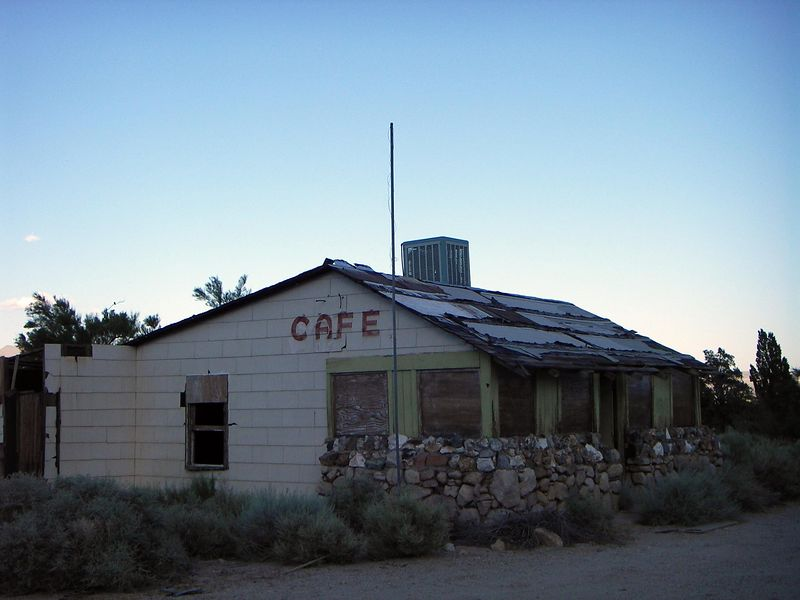 Couldn't resist the photo opportunity......classic historical cafe in the area just south of Lone Pine CA along Highway 395. View looking SE.