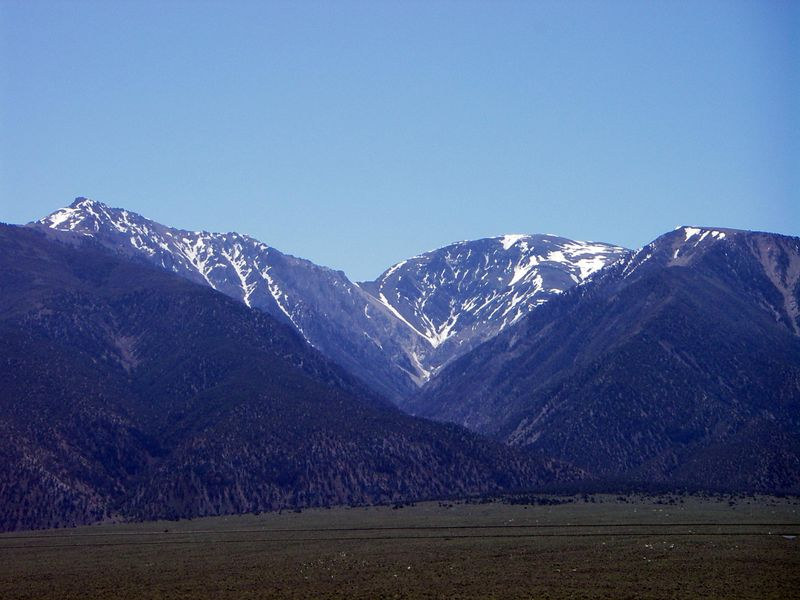Southern Sierra landscape in June 2005, south of Lone Pine CA. Still a nice, cool, and snowy pattern above about 8000 ft elevation.