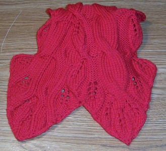 Red leaf scarf
