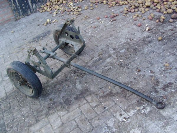 1944  RL-35 CABLE REEL CART